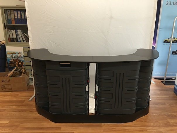 two-case-counter-xl-01